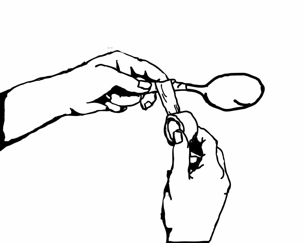 taping_spoons
